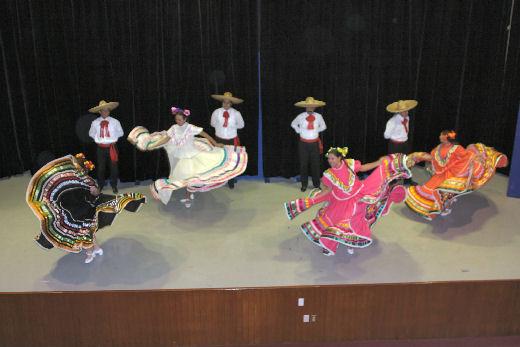 Festival danzas folclóricas