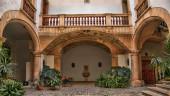 vista previa del artículo Palma de Mallorca, ciudad de patios y terrazas