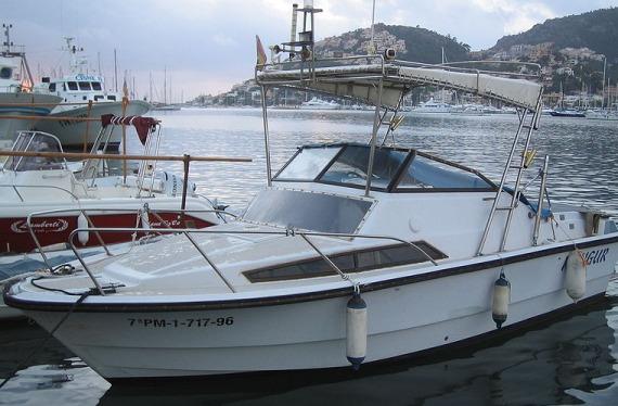 Barco en Baleares